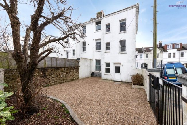 Stirling Place, Hove BN3 3YU