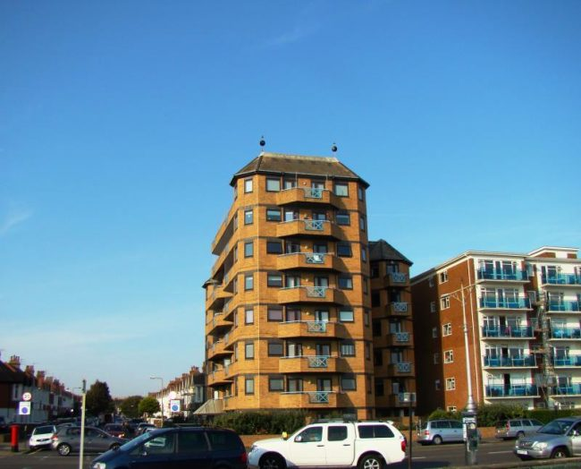 Prince of Wales Court, Kingsway Hove BN3 4HF
